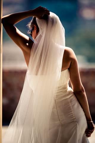 természetes elegancia, szép csontozat, ideális alany az esküvőfotóhoz
