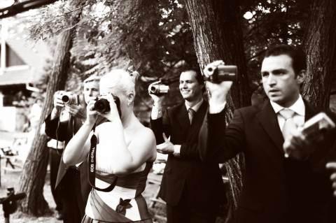 ha nem vigyázol, minden vendéged esküvőfotós akar majd lenni